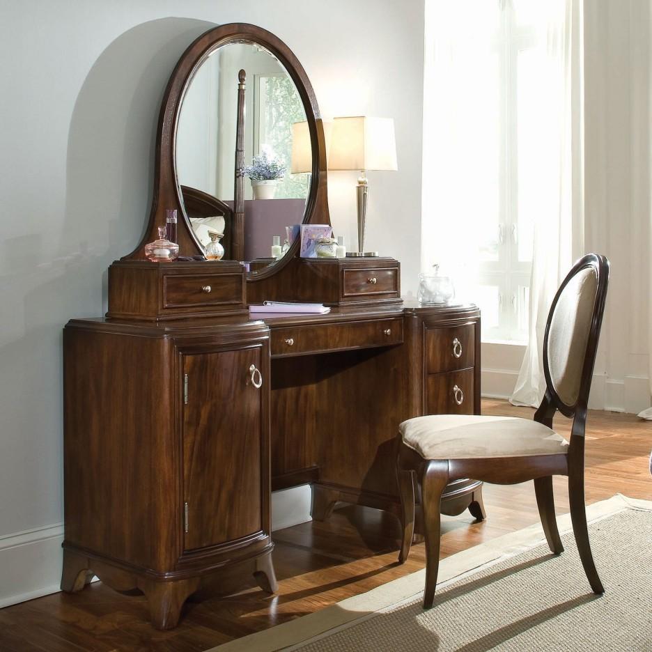Art Deco Mirrored Bedroom Furniture