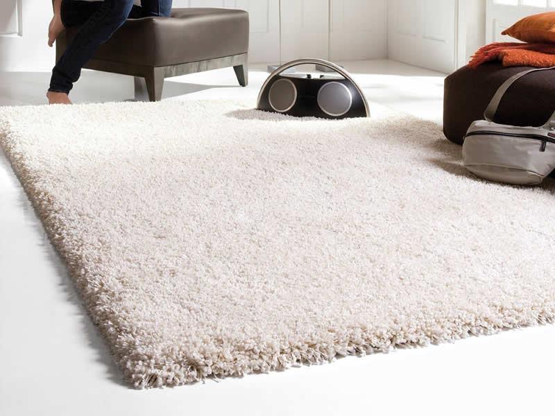 fluffy carpets. Big White Fluffy Rug  Best Decor Things