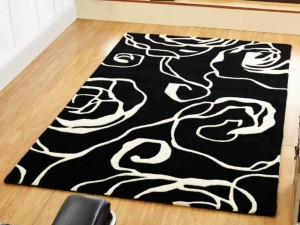 Black and White 8x10 Rug