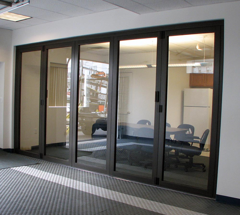 Commercial room dividers sliding best decor things for Retractable walls commercial