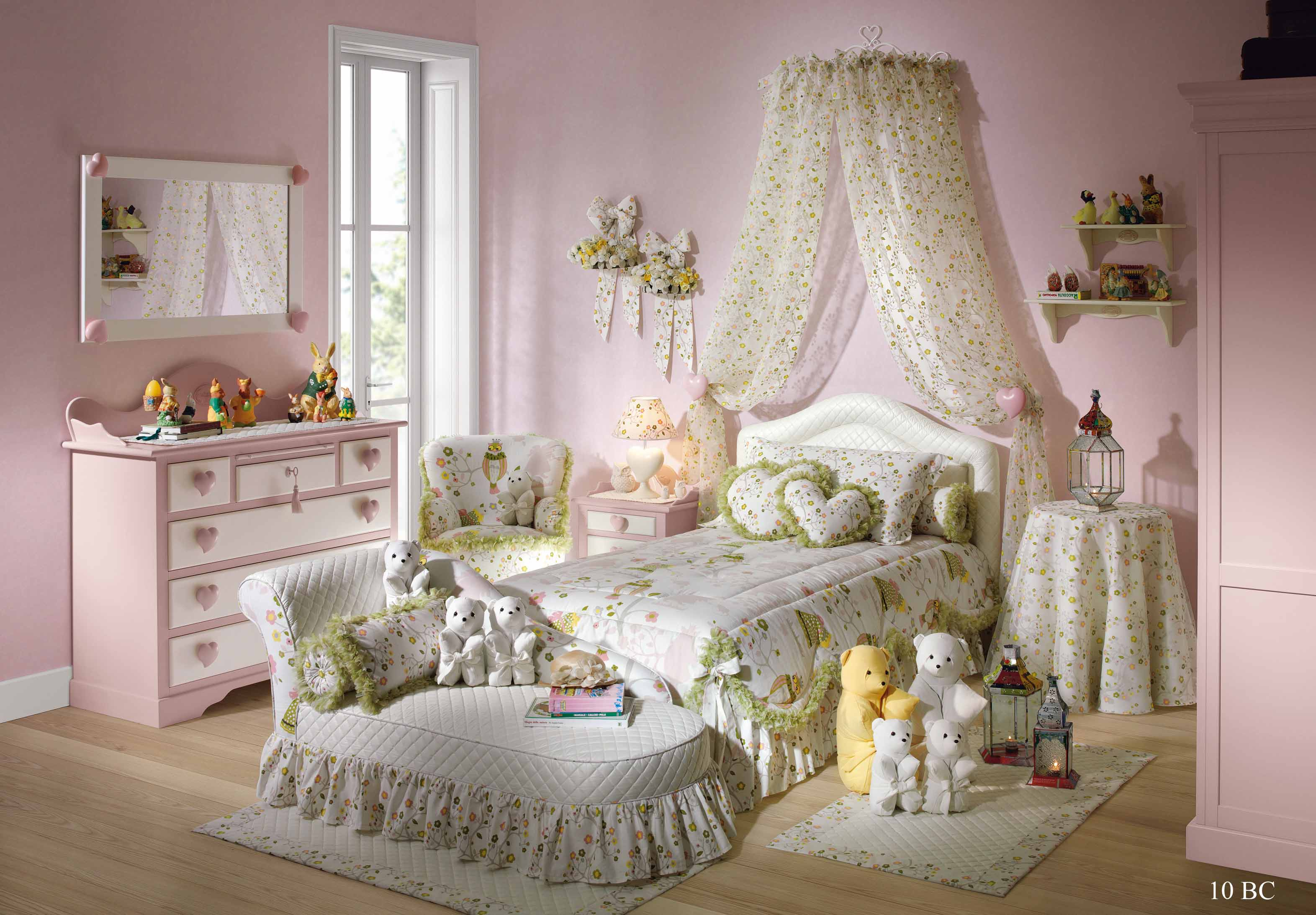 Girls Vintage Bedroom Furniture