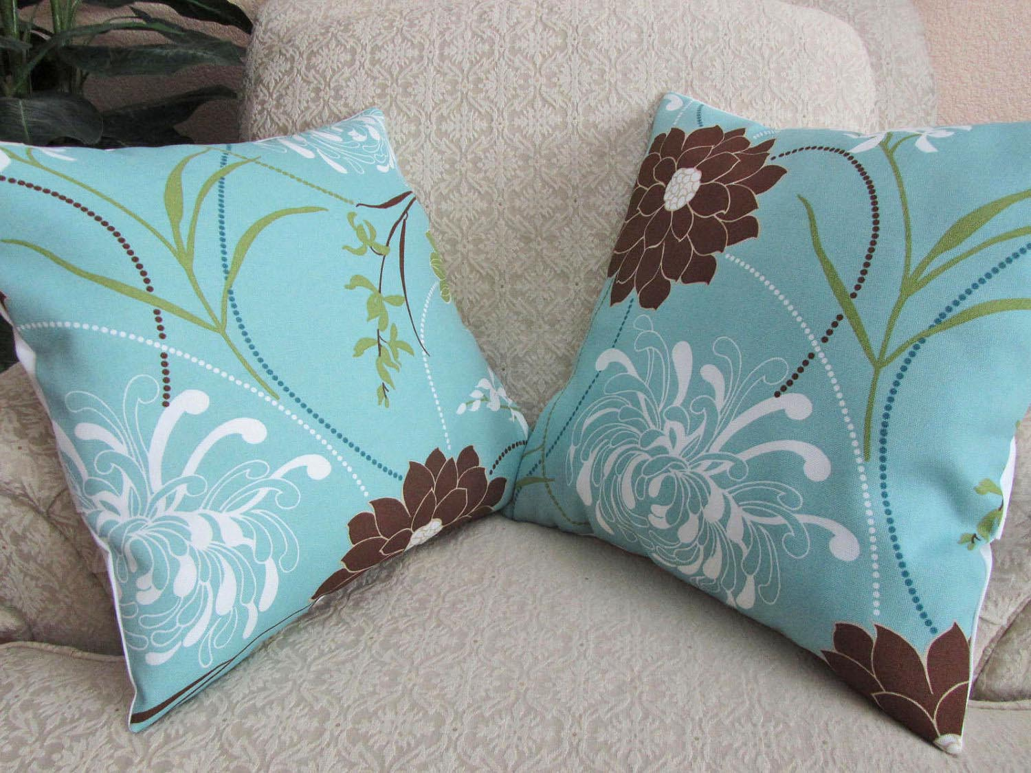 Light Blue And Brown Decorative Pillows : Light Blue Pillows Bring Elegance to Your Sofa Best Decor Things
