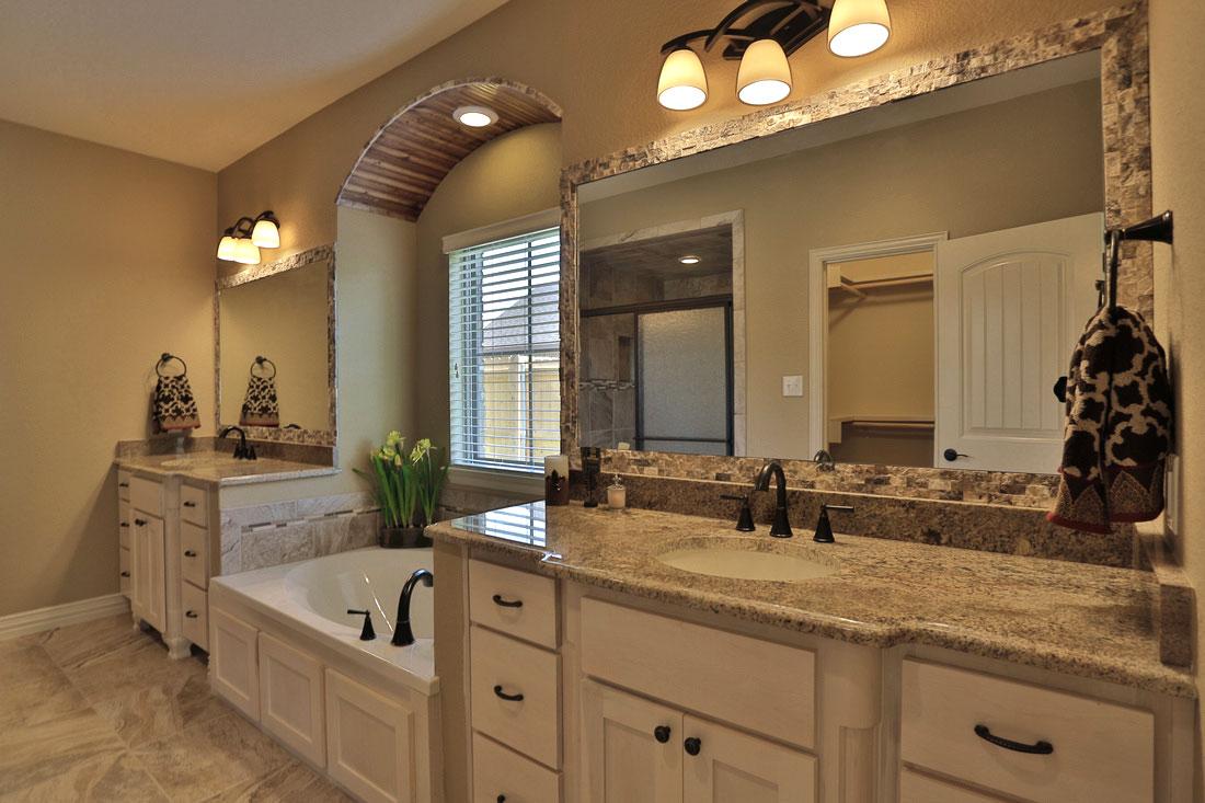 Shaker style bathroom furniture best decor things for Bathroom decor styles