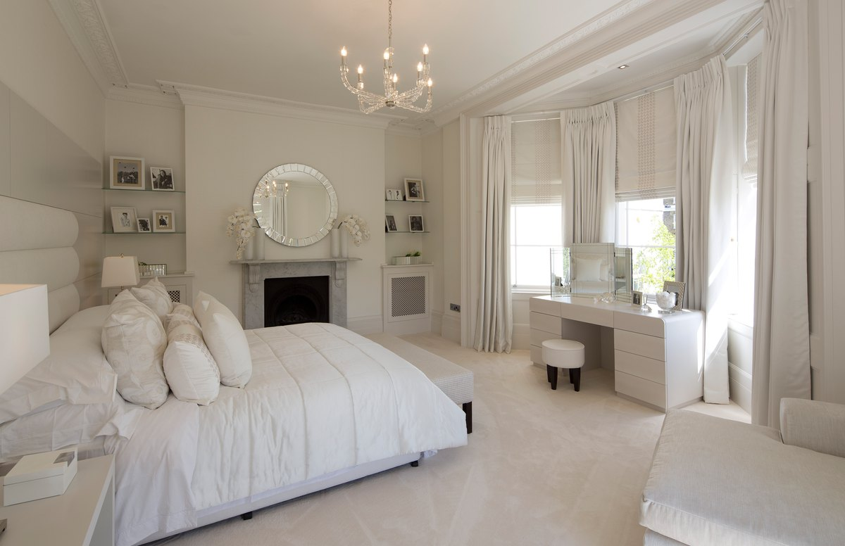 White Bedroom Mirrors