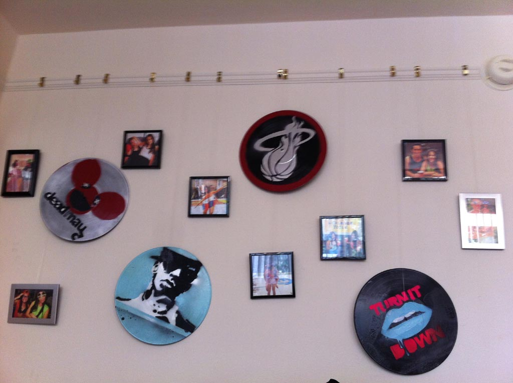 Vinyl record art is a unique creation best decor things for Vinyl record decoration ideas