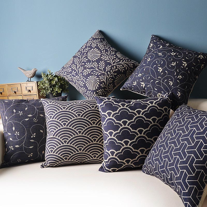 blue and white decorative pillows best decor things. Black Bedroom Furniture Sets. Home Design Ideas