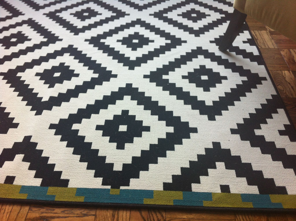 Checkered Area Rug Black and White