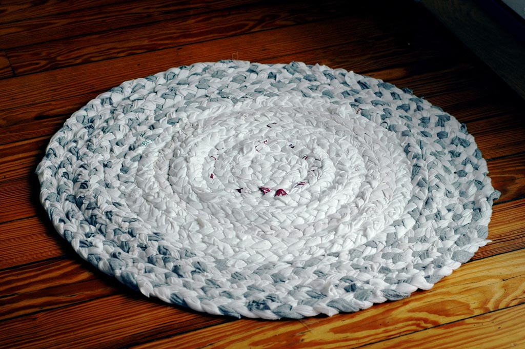 How to Make a Braided Rag Rug