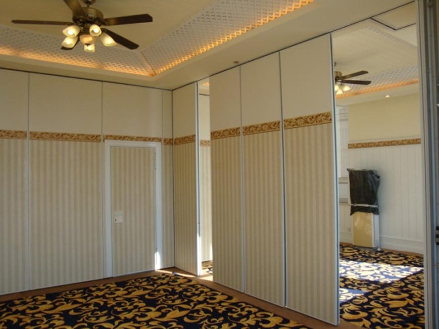 Soundproof Accordion Room Dividers