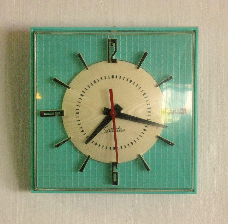 Vintage Electric Wall Clocks